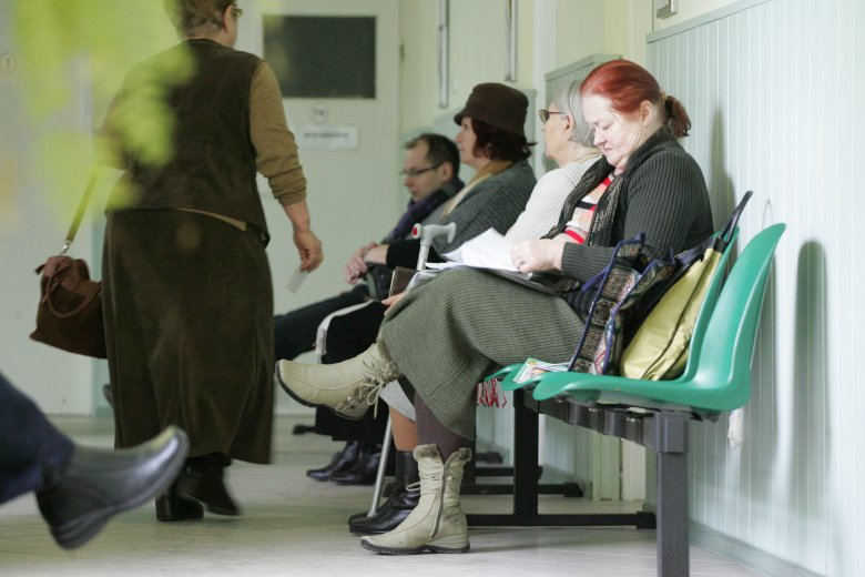 Prywatna opieka medyczna w Polsce. Jest coraz popularniejsza, bo do leczenia się na NFZ zniechęcają nas kolejki do lekarzy.
