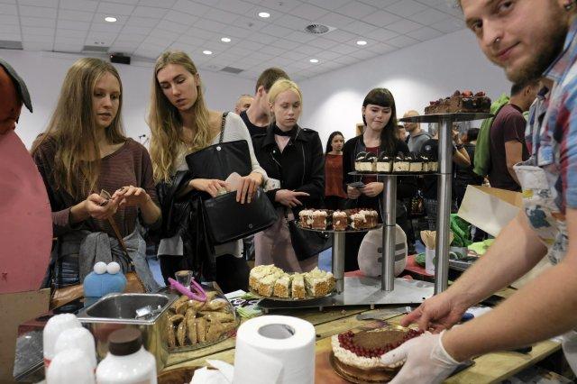 Do wegetarianizmu przekonuje się coraz więcej Polaków. Dla takich firm jak Primavika to znakomita wiadomość